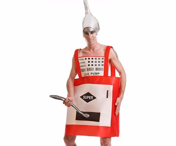 disfraz de gasolinera con manguera para despedidas