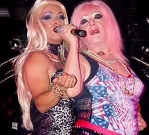 drag queens actuando