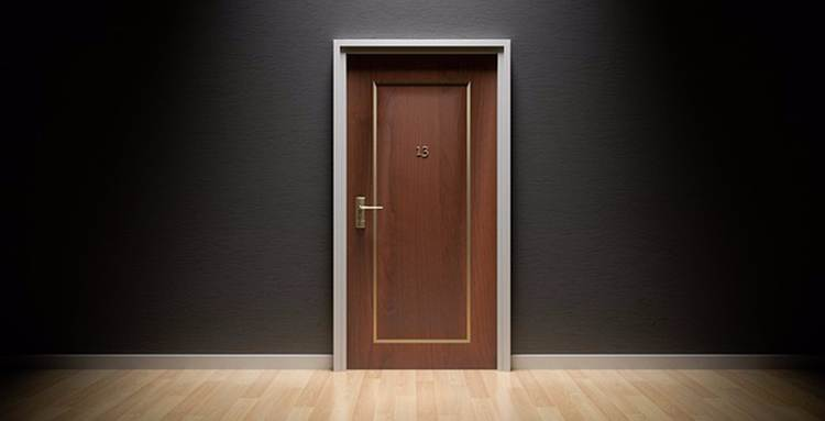 puerta de escape room