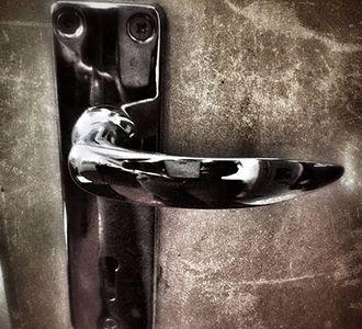 puerta del escape room en madrid