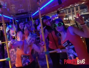 despedida en el party bus