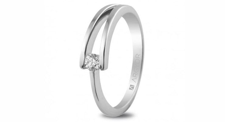 Anillo oro blanco y diamante de Argyor