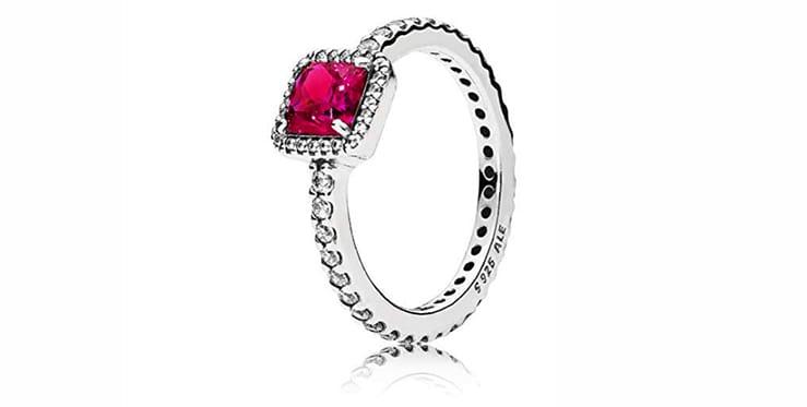anillo solitario de circonita