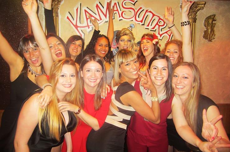 despedida de soltera en el restaurante Kamasutra de Madrid