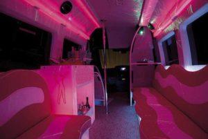 minibus para despedidas en rosa