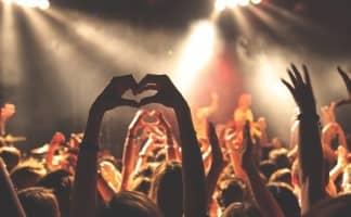 despedida de soltera en un festival